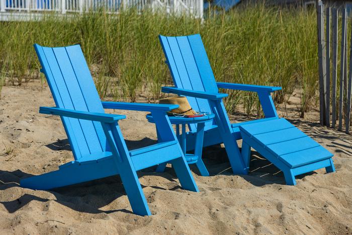 Charmant Seaside Casual